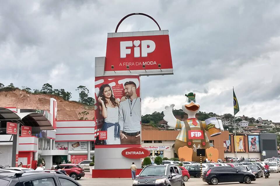 Onde fazer compras em Brusque? FIP