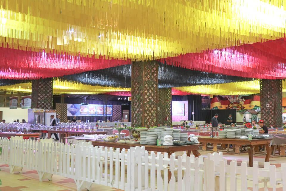 Opção de buffet livre em área reservada na Fenarreco