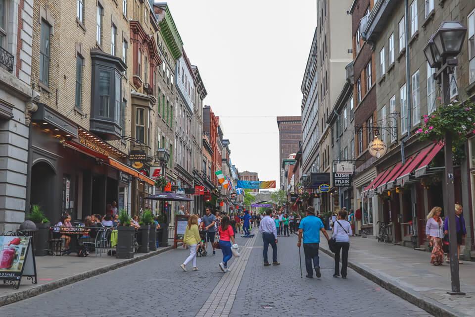 Opções de restaurantes e cafeterias em Quebec? Rua Saint-Jean