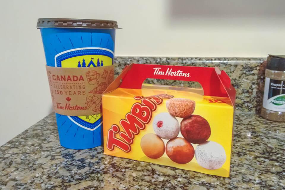 O que comer no Canada? Timbits