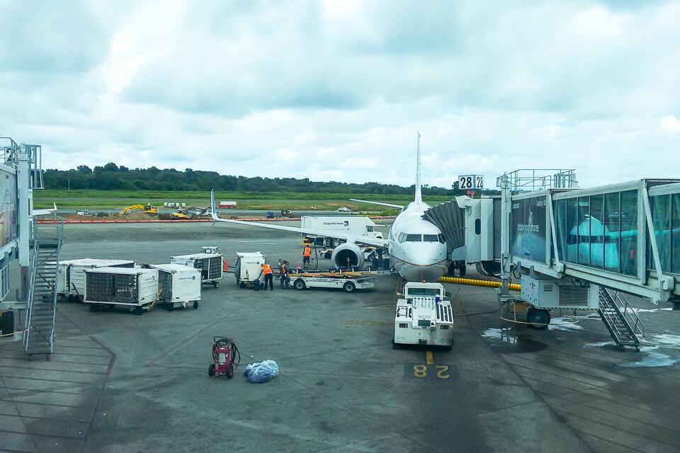 Como é voar Copa Airlines? Aeroporto do Panamá